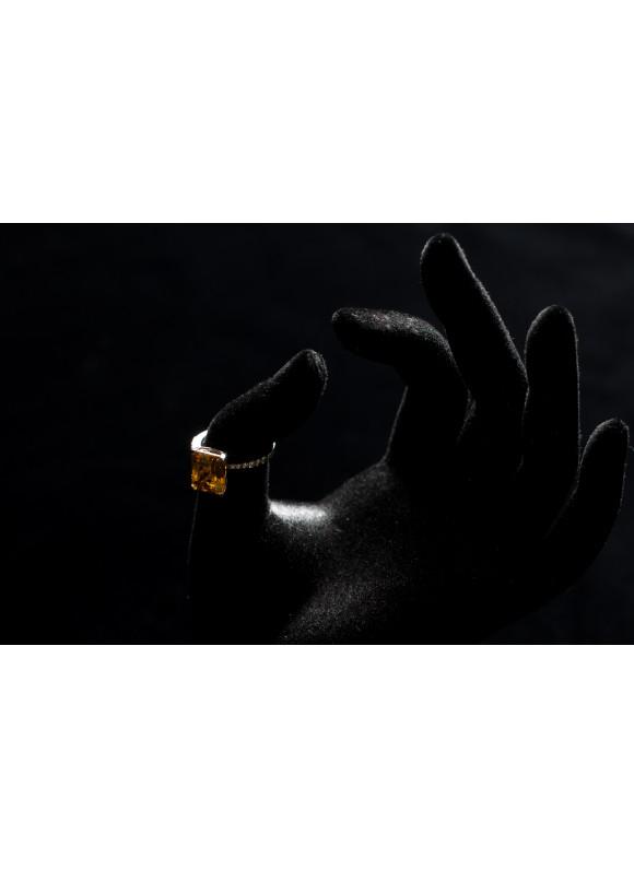 Кольцо с бриллиантами и желтым цитрином