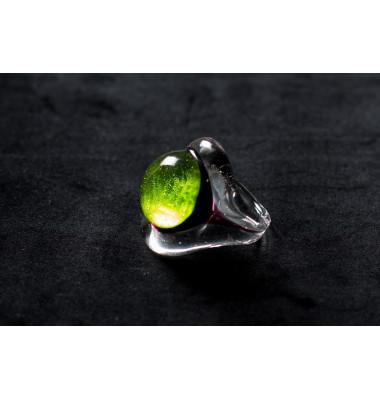 Кольцо из муранского стекла зеленое